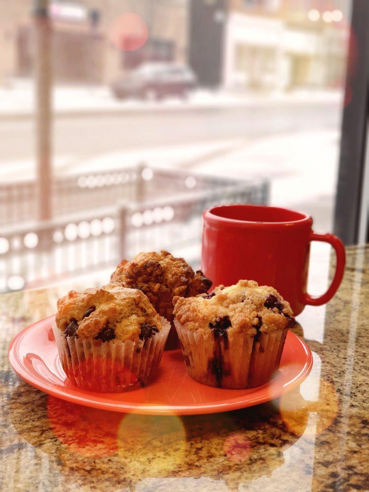 Renee's Family Breakfast: 161 S Main St, Nappanee, IN
