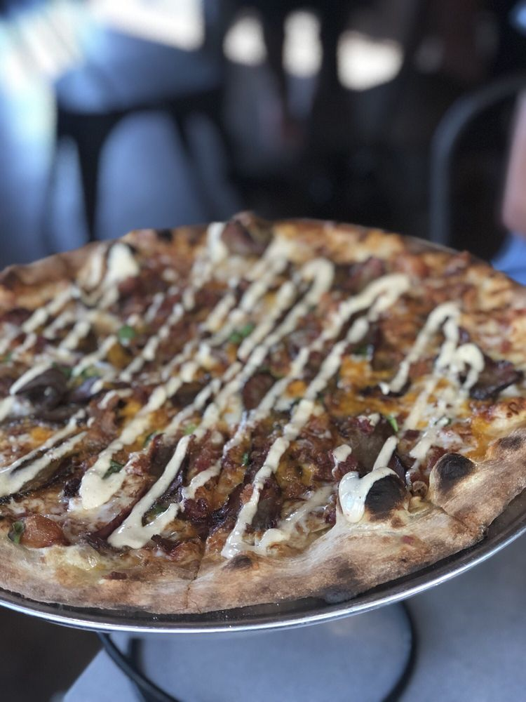 Slice Pizza & Brewhouse - Lakeview