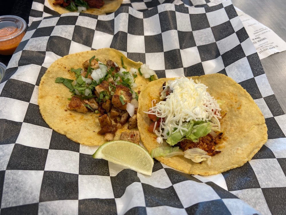El Super Taco: 7394 153rd St W, Apple Valley, MN
