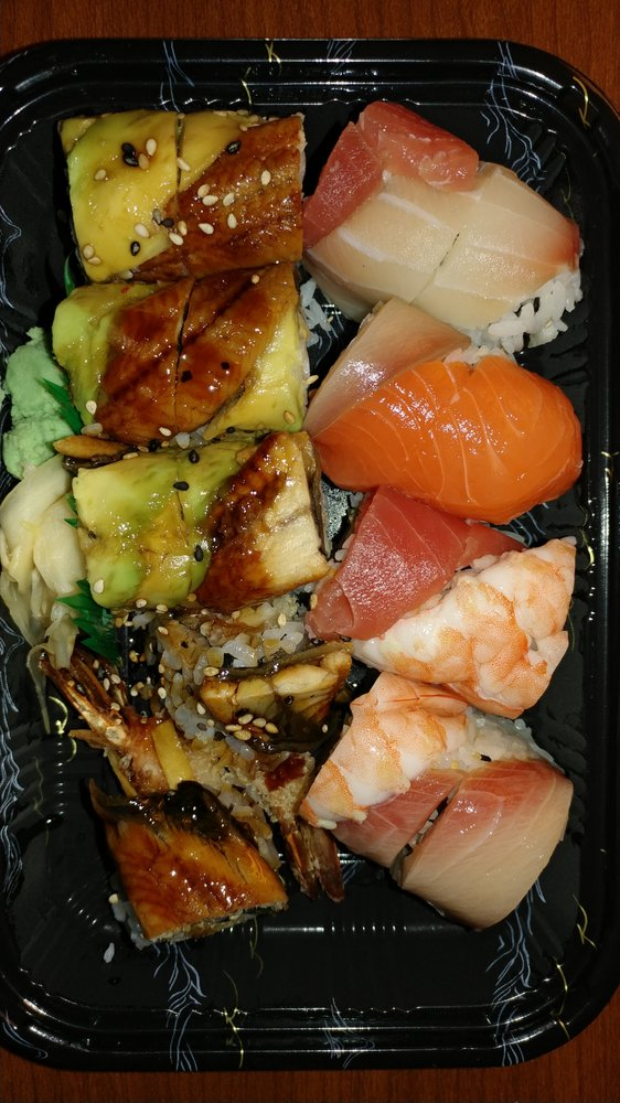 Sushi Palax: 18016 Maugans Ave, Maugansville, MD