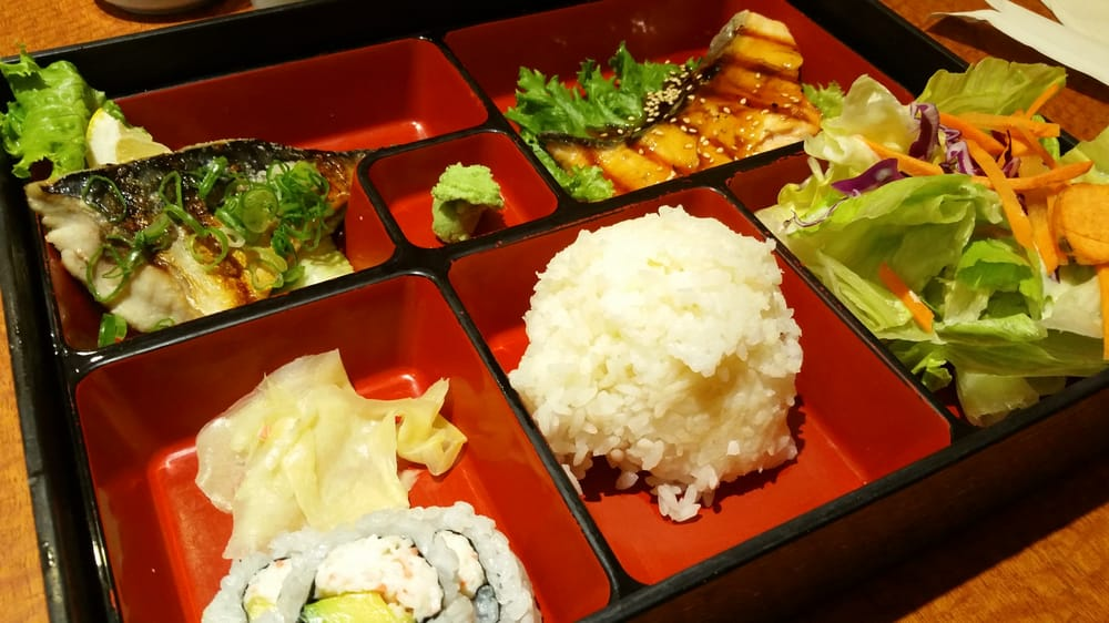 can 39 t beat a really good bento box lunch yelp. Black Bedroom Furniture Sets. Home Design Ideas