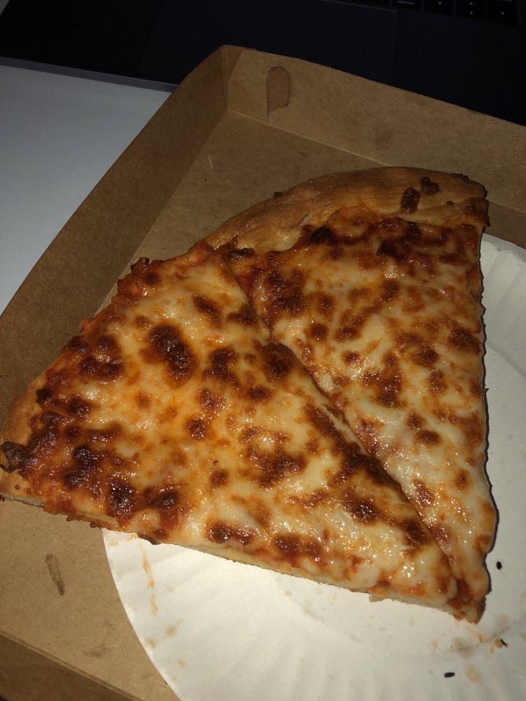 Bambino's Pizza: 2575 CR 220, Middleburg, FL