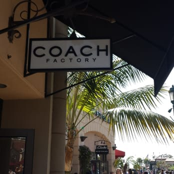 caoch outlet 8v1y  Coach Outlet