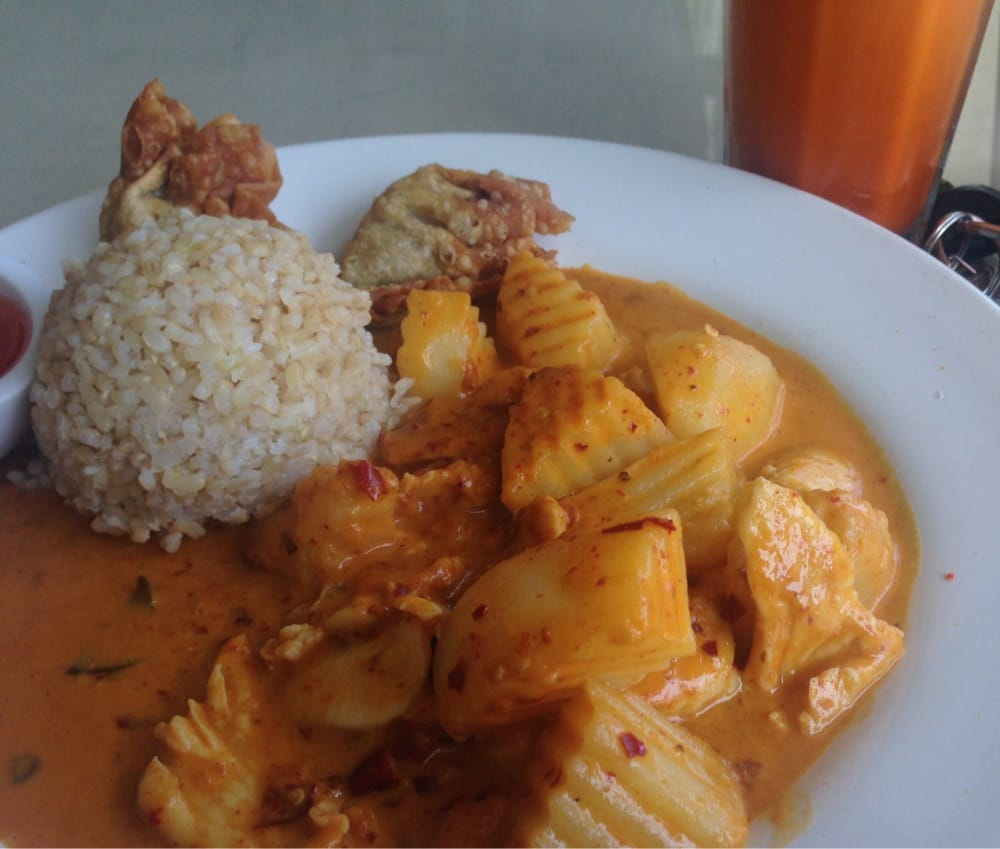 Spicy panang chicken with potatoes lunch portion yelp for 5 star thai cuisine