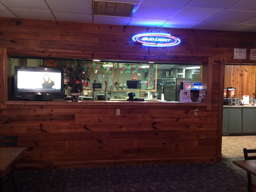 Napoli Pizza & Italian Restaurant: 331 E Main St, Murfreesboro, NC