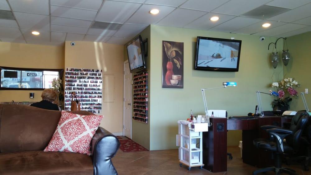 N v nail salon spa 91 photos 87 reviews van nuys for 24 hour nail salon in atlanta ga