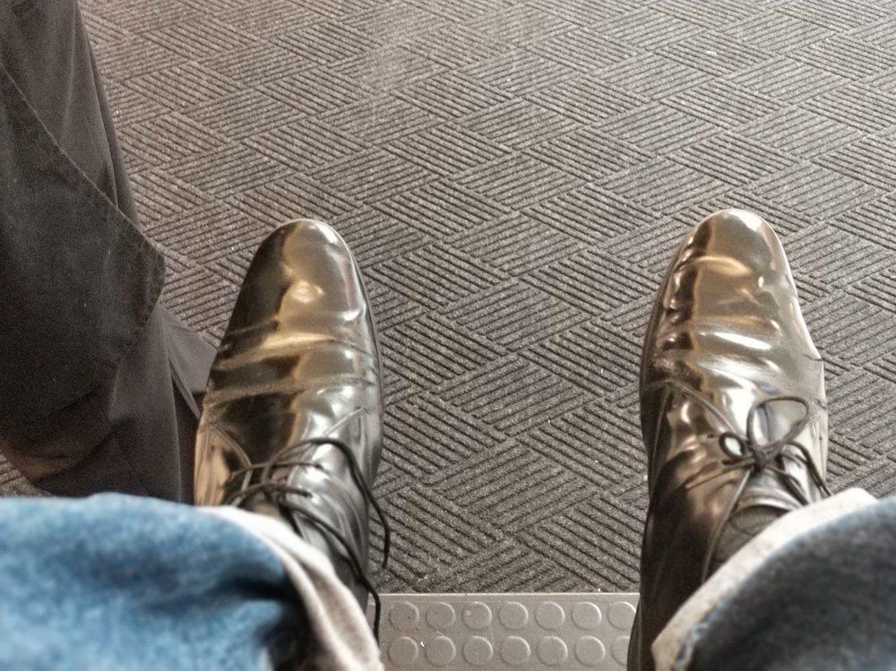 Jerry's Shoe Shine: 10400 NE 4th St, Bellevue, WA