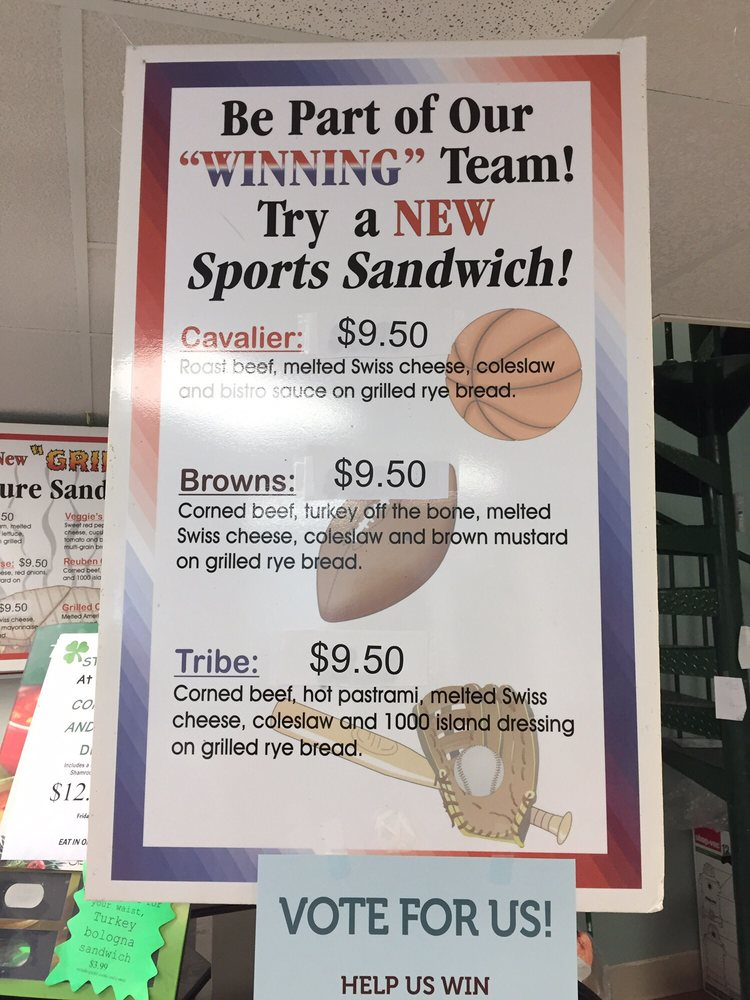 Davis Bakery & Deli: 4572 Renaissance Pkwy, Cleveland, OH
