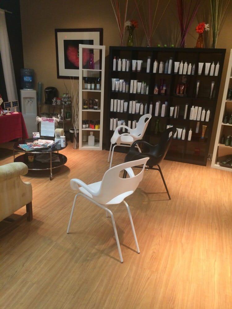 Salon Evo: 984 N Main St, Dayville, CT