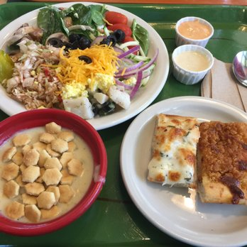 The last of the salad bars: Dying form of dining rare in Fort Myers, Cape Coral. There was once a time when nearly every restaurant had a well-stocked salad bar.