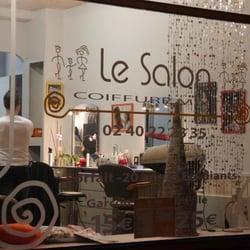 mobilier table salon de coiffure saint nazaire. Black Bedroom Furniture Sets. Home Design Ideas