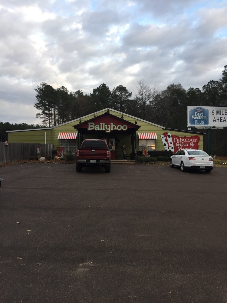 Ballyhoo Gifts: 106 Zion Hill Rd, Mendenhall, MS
