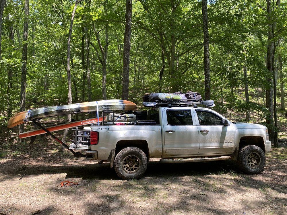Rocky's Tuff Trucks and Accessories: 550 Airport Rd, Gallatin, TN