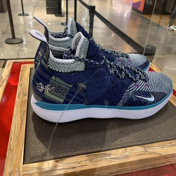 532d89030414 Foot Locker - 28 Photos   23 Reviews - Shoe Stores - 43 West 34th St ...