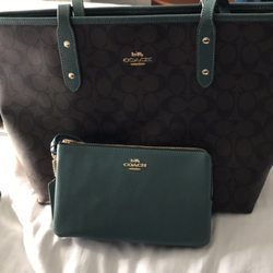 6dd681c00c4 Coach Factory Store - 11 Photos & 34 Reviews - Leather Goods - 45 N ...