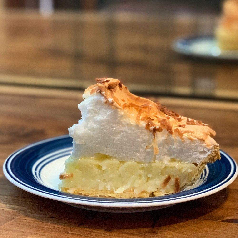 Lavon's Bakery & BBQ: 216 N Maple St, Buhler, KS
