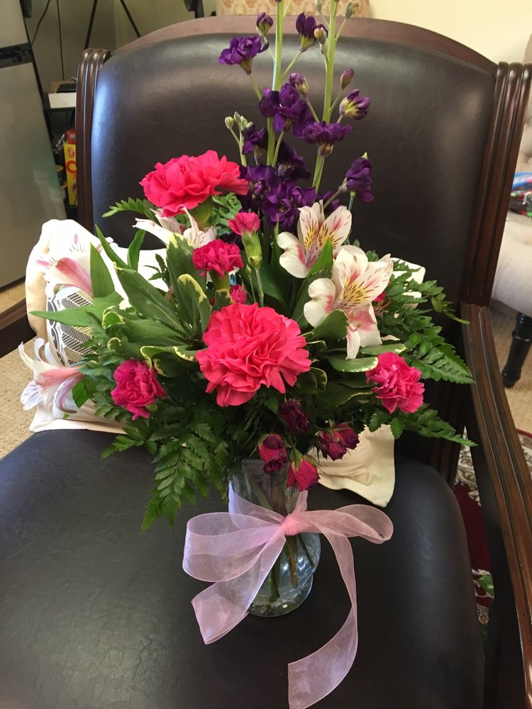 Accents By KellyCo Flowers & Gifts - Florists - 185 West Airport Blvd, Pensacola, FL - Phone Number - Yelp