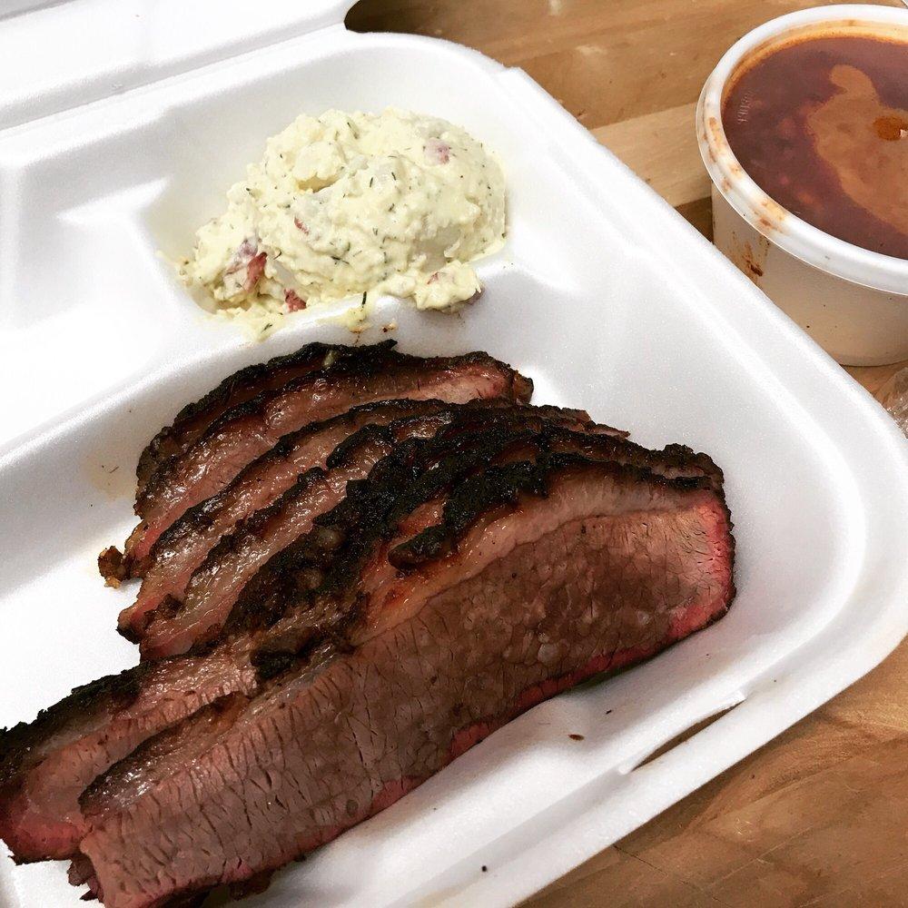 Big Daddy E's Smokin BBQ: 380 Butterfield Rd, Chino Valley, AZ