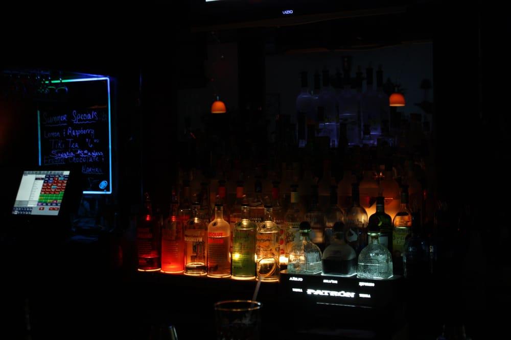 Unique Lounge & Billiards