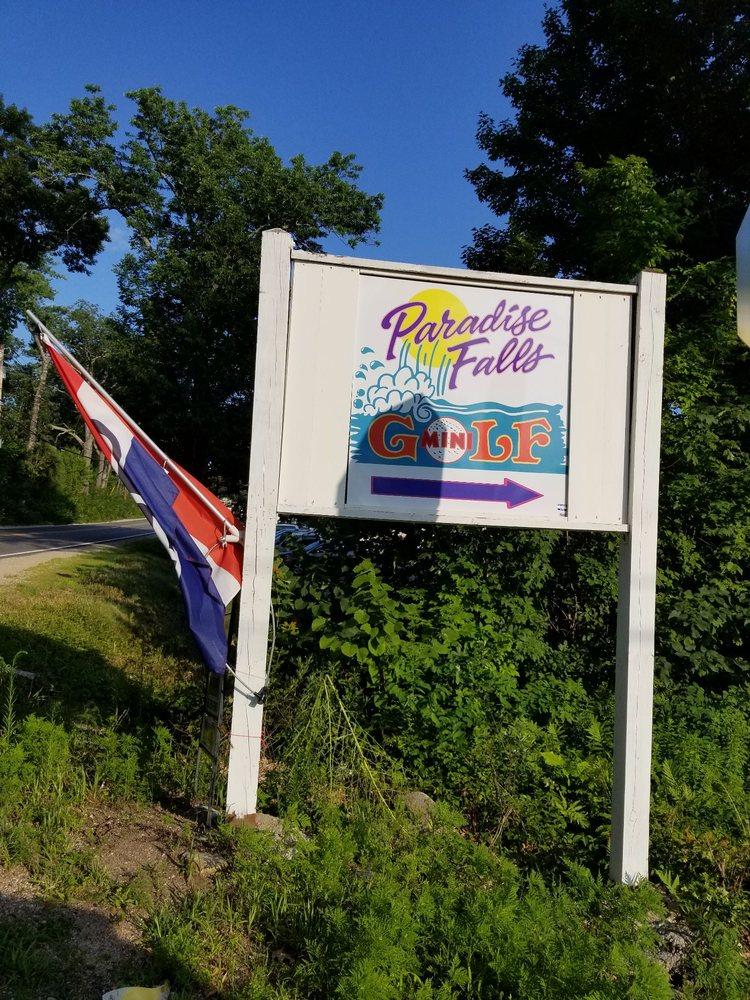 Paradise Falls Mini Golf: 252 Lee Rd, Moultonborough, NH