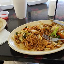 Photo Of Uncle Chien S Chinese And Thai Restaurant Lubbock Tx United States