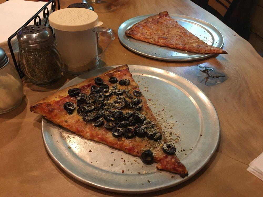 Palermo's Pizza: 1016 Dekalb Pike, Blue Bell, PA