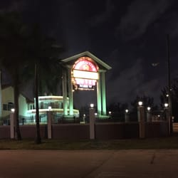 Photo Of Executive Palace Hotel Hialeah Fl United States Sign Seen From