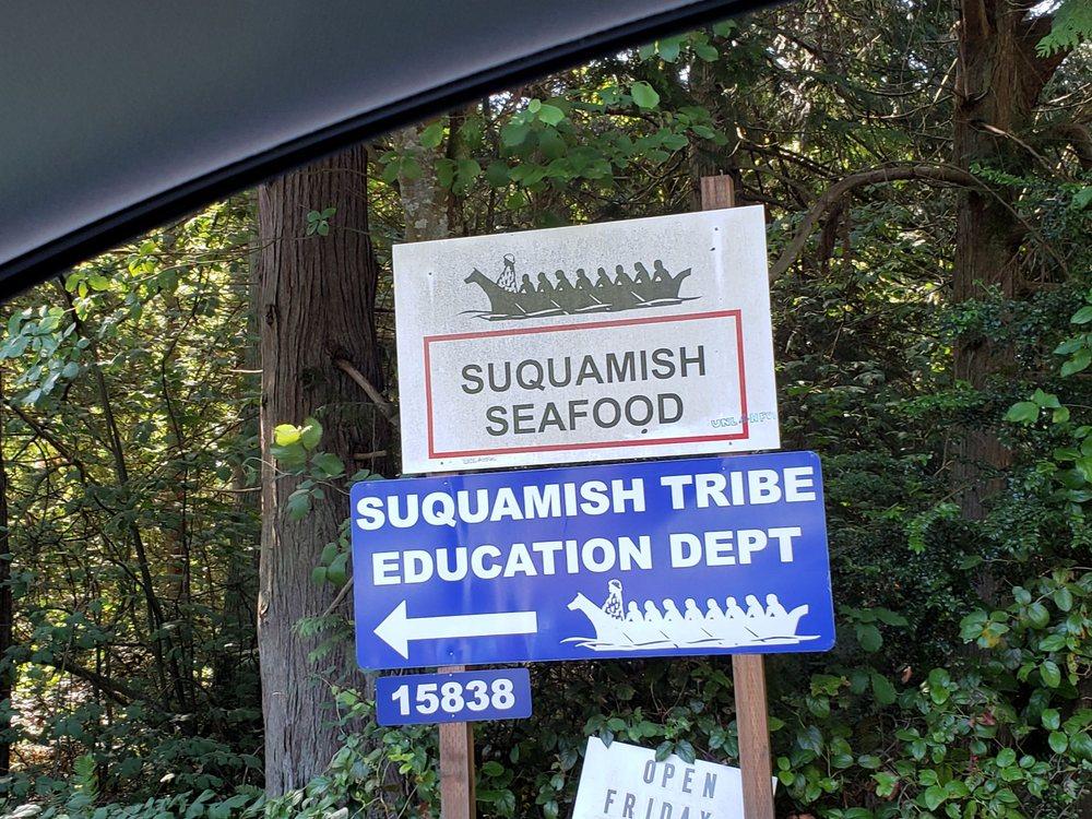 Suquamish Seafoods: 15838 Sandy Hook Rd NE, Poulsbo, WA