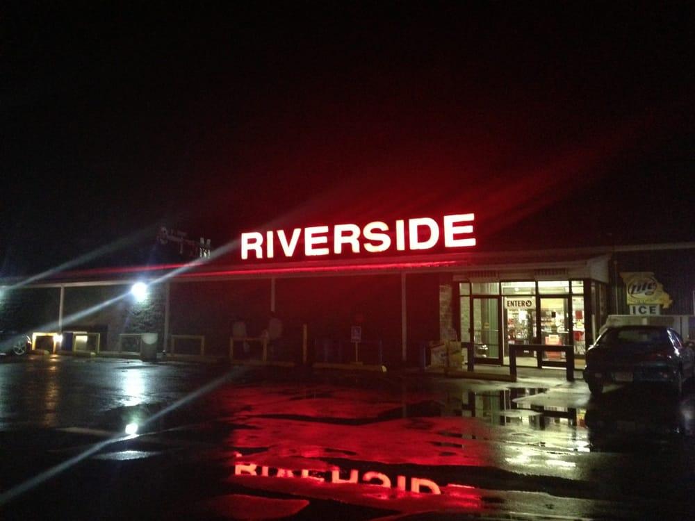 Mr. T's Liquor Store & Smoke Shop: 496 US Hwy 412, Cardwell, MO