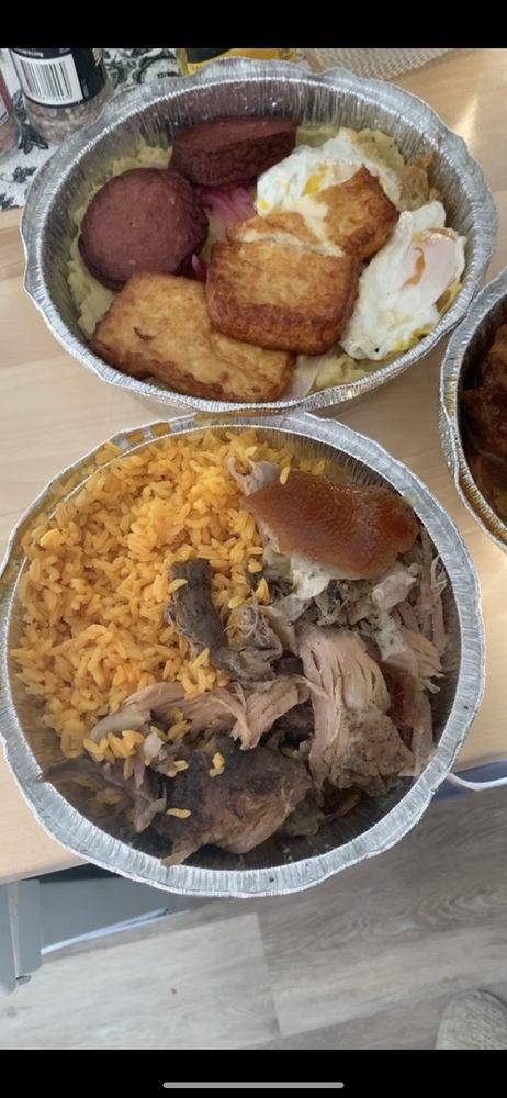 Food from Lo Nuestro Dominican Restaurant