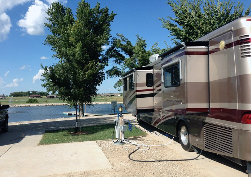 Stallbaumer RV Park & Campground: 1701 North St, Seneca, KS