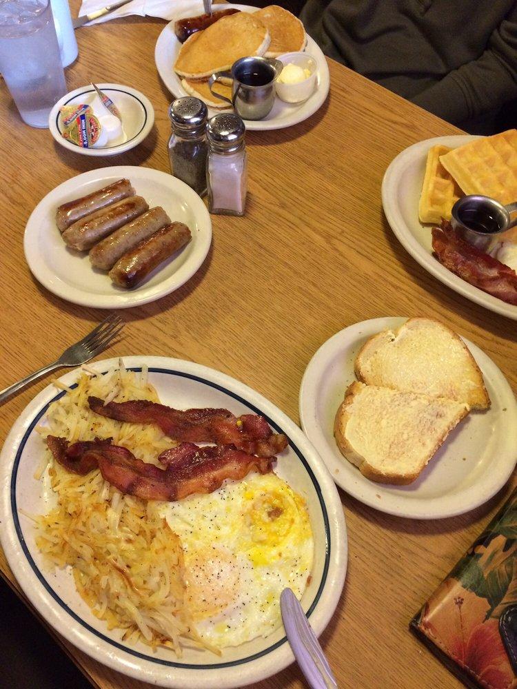 Lone Star Ranch House Restaurant: 8807 Ahtanum Rd, Yakima, WA