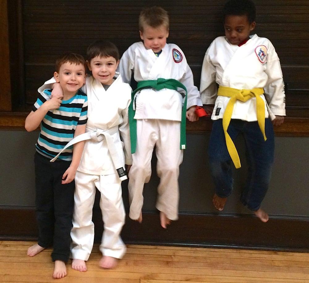 606 Karate & Self-Defense: 1500 N Hoyne Ave, Chicago, IL