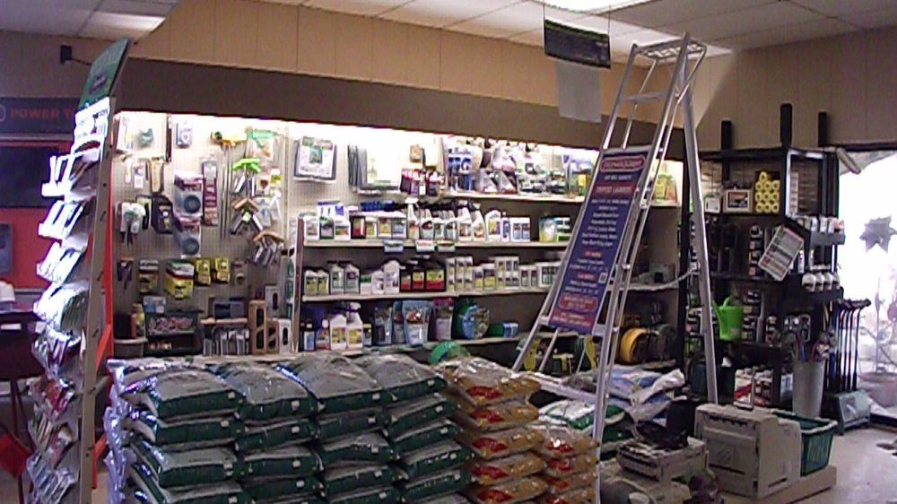 Tholens' Landscape & Garden Center: 31 E 2500S Rd, Kankakee, IL