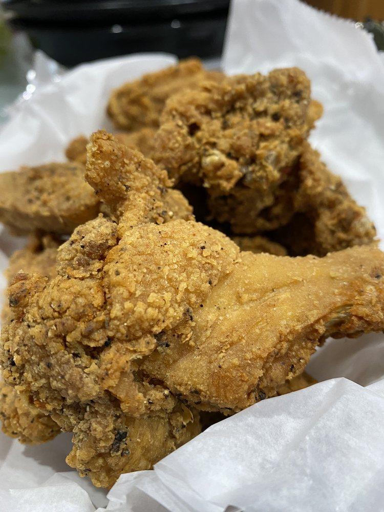 Father & Son Seafood Steak-n-Take: 7 Tenafly Rd, Englewood, NJ