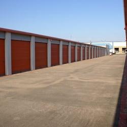 Macho Self Storage Carrollton Self Storage 1615