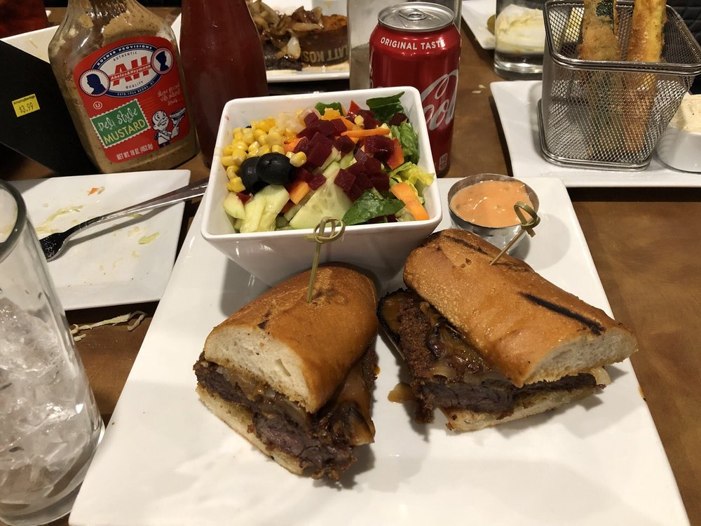Traditions Eatery: 302 Central Ave, Lawrence, NY