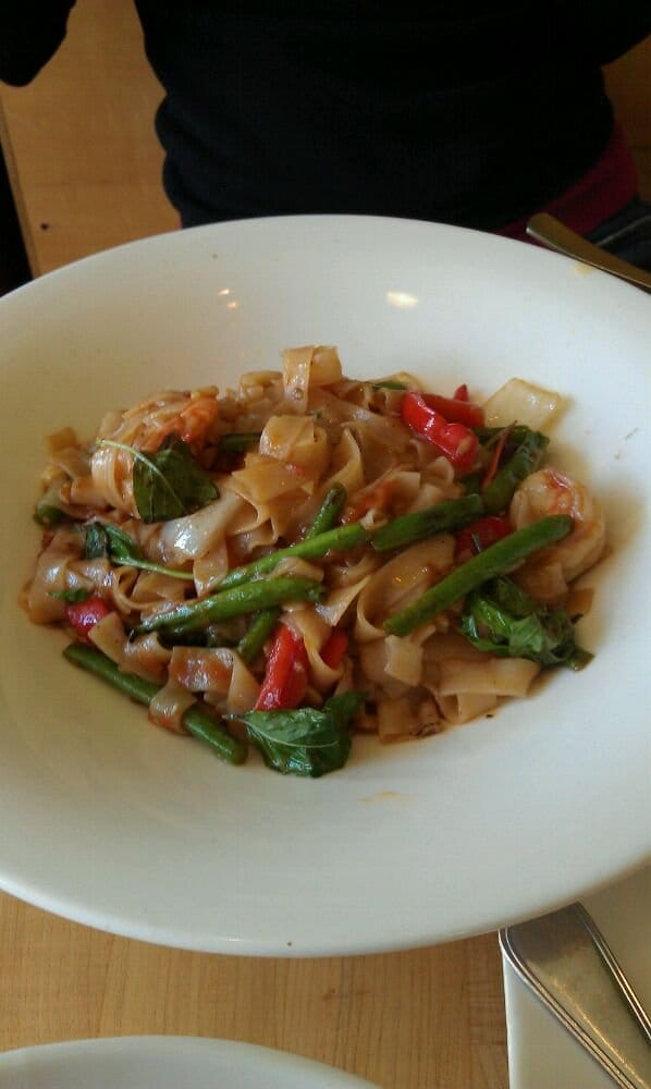 Yum pad khee mao yelp for Anchalee thai cuisine