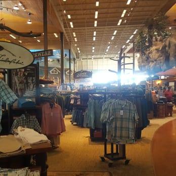 Bass Pro Shops 952 Photos 642 Reviews Guns Ammo 7777 Victoria Gardens Ln Rancho