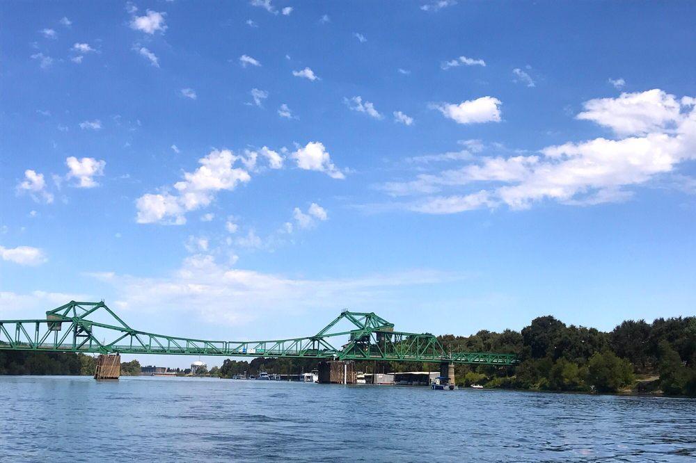 Freeport Bridge: Hwy 160, Sacramento, CA