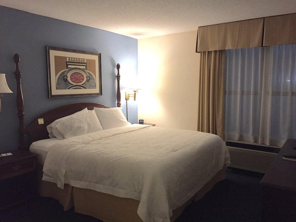 Hampton Inn & Suites Raleigh/Cary I-40