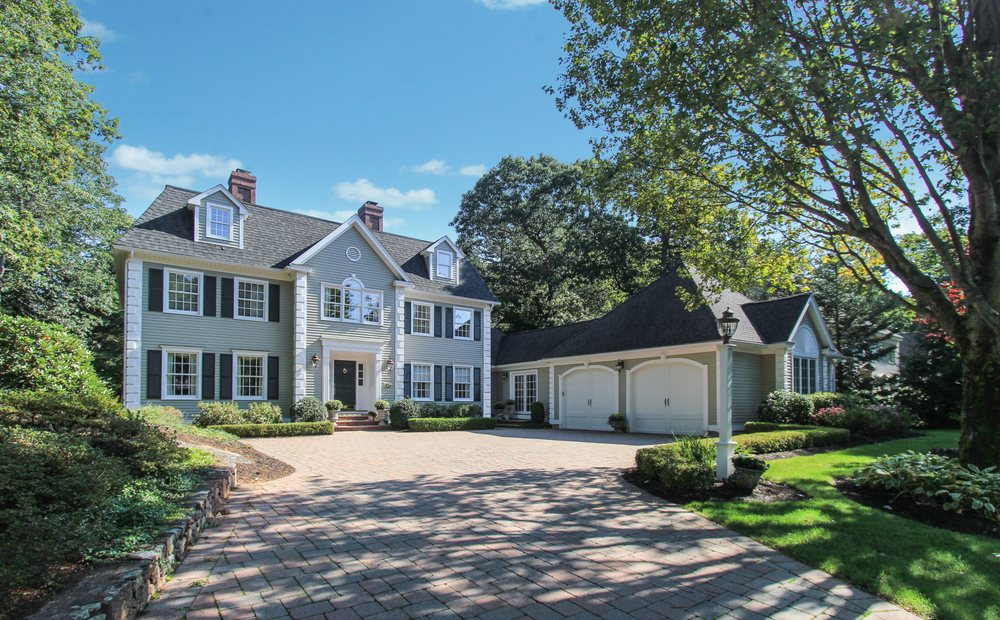 John & Cindy Farrell  - Coldwell Banker: 50 Dodge St, Beverly, MA