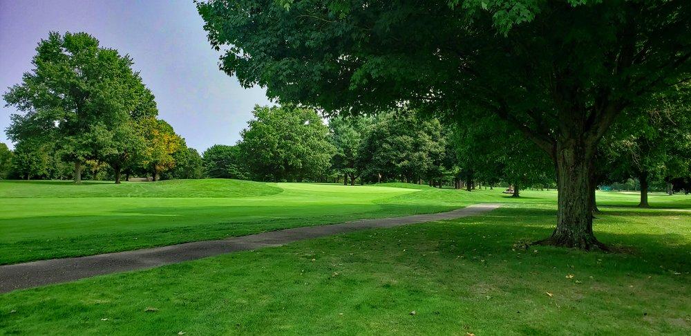 Zoar Village Golf Course: 8229 Dover Zoar Rd NE, Dover, OH