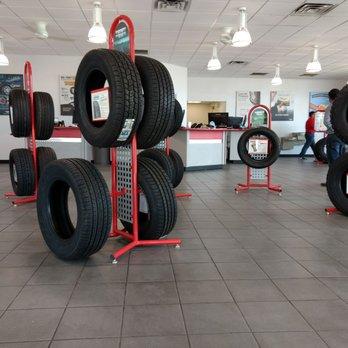 Discount Tire 11 Photos 17 Reviews Tires 1702 Avenue Q