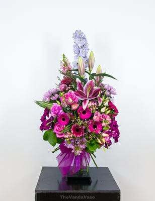 The Vanda Vase Get Quote Florists 152 Derby Road Stapleford