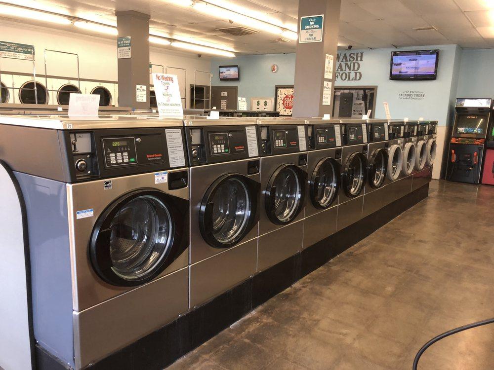 Super Suds Laundry Tower District - 25 Photos & 14 Reviews