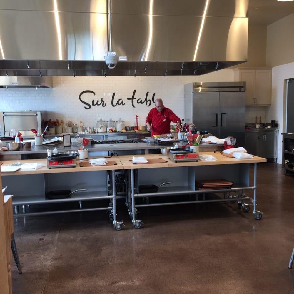 Sur la table cooking schools 2500 burton st se grand for Sur la table 6 quart