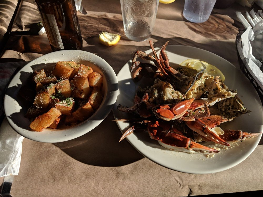The Blue Crab Crabhouse: 3057 Julington Creek Rd, Jacksonville, FL