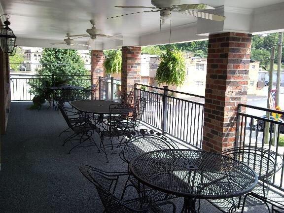 Miss Ida's Tea Room: 74 W Main St, Inez, KY