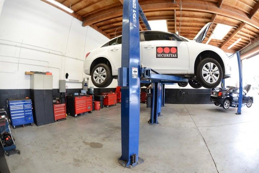 Centric Auto Repair 13 Photos 34 Reviews Garages